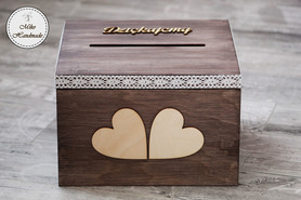 Skrzynka na koperty brązowa z sercami
