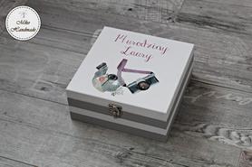Pudełko z okazji urodzin - aparat