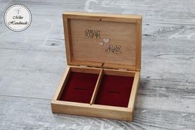 Pudełko na obrączki - jasny brąz z napisami (czerwone wypełnienie)