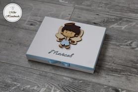 Pudełko na podziękowanie dla Ojca Chrzestnego z imieniem - Merci (chłopiec)