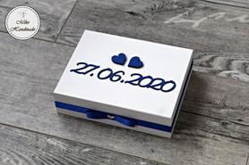Pudełko na obrączki -białe z datą i cytatem