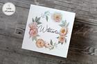 Pudełko z imieniem - beżowe kwiaty (3)