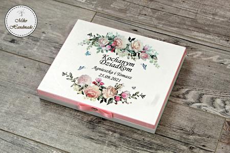 Pudełko na czekoladki Merci - podziękowanie ślubne - pastelowe róże (1)